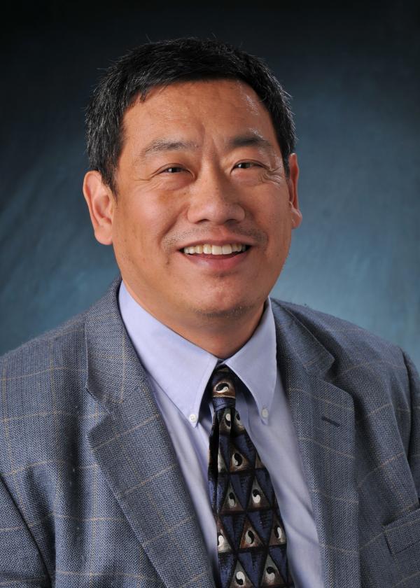 Huang (2021)